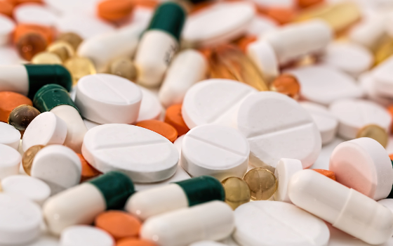 Online pharmacies could fuel antibiotic resistance
